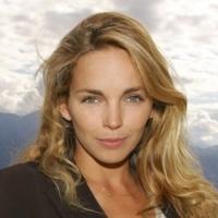 Claire Keim - Ca Depend