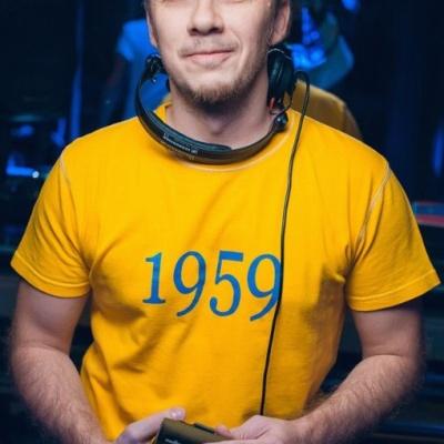 DJ Ivan Scratchin'