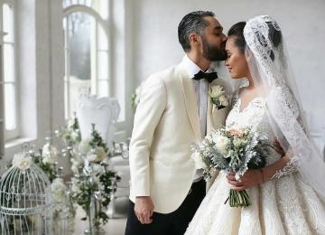 Шикарное венчание певца Мота и его возлюбленной