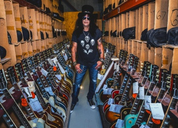 Гитарист «Guns N' Roses» Слэш стал послом «Gibson»