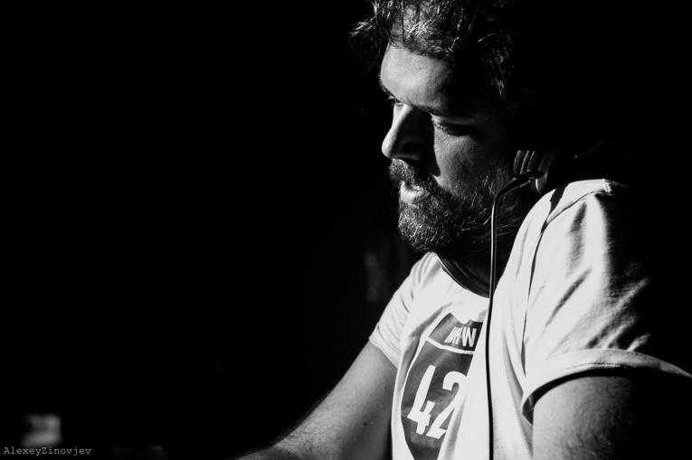 Благотворительная вечеринка World DJ Day