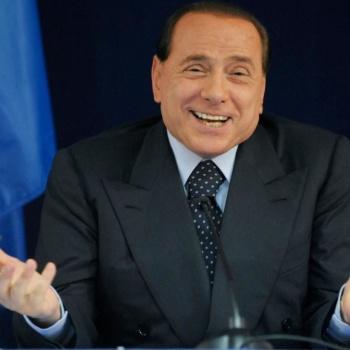 Секретарь Берлускони завещала ему 3 миллиона евро