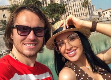 DARINA отпраздновала годовщину своего брака с футболистом Дьяковым