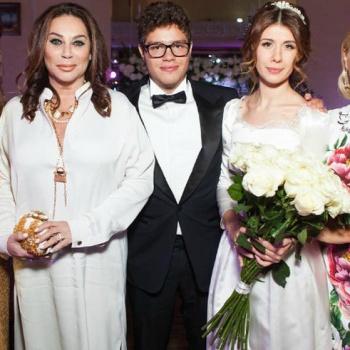 Сын телеведущей Екатерины Одинцовой женился