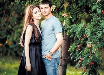 Слухи: жена Алана Дзагоева уехала от него к родителям