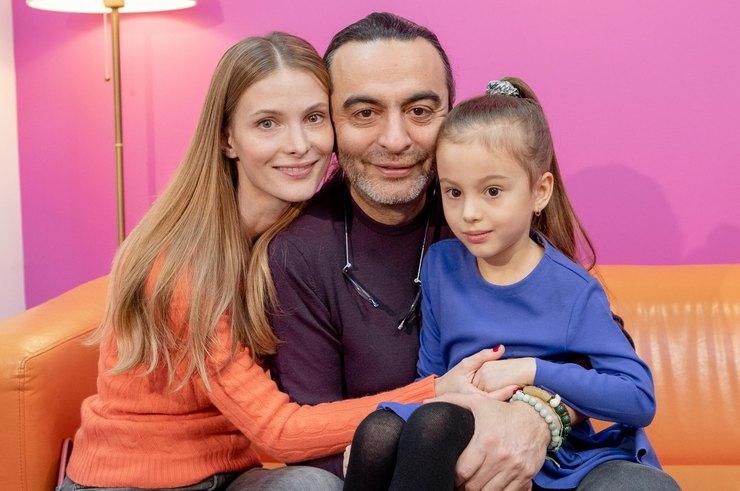 Актриса Светлана Иванова перестала скрывать дочь