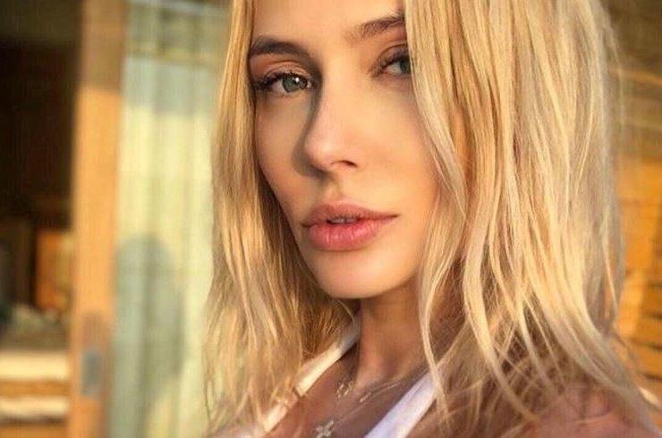 Наталья Рудова раскритиковала звезд за участие во флешмобе старения