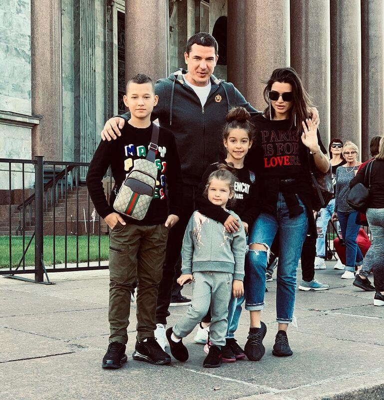 Ксения Бородина против учебы детей за границей